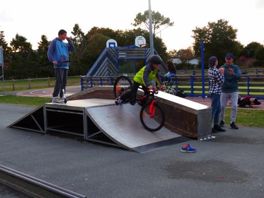 Le skate parc, point de rendez-vous des jeunes