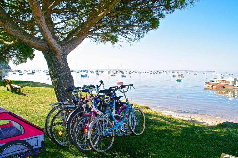 Vélos plage bassin ©J Rouquette Office de Tourisme Arès (2)